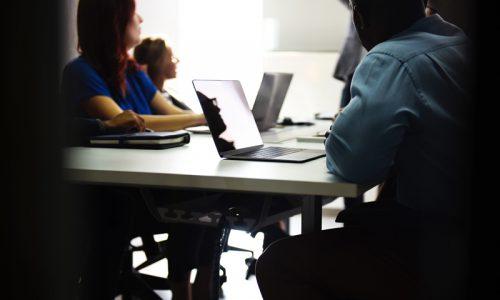 Riorganizzazione e crisi aziendale: cambiano i parametri orari per l'autorizzazione [E.Massi]
