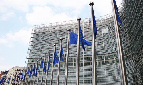 """Commissione Europea: """"La ripresa economica in Italia accelera"""""""
