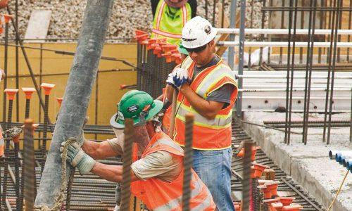 Lavoro: novembre da record, 65 mila occupati in più