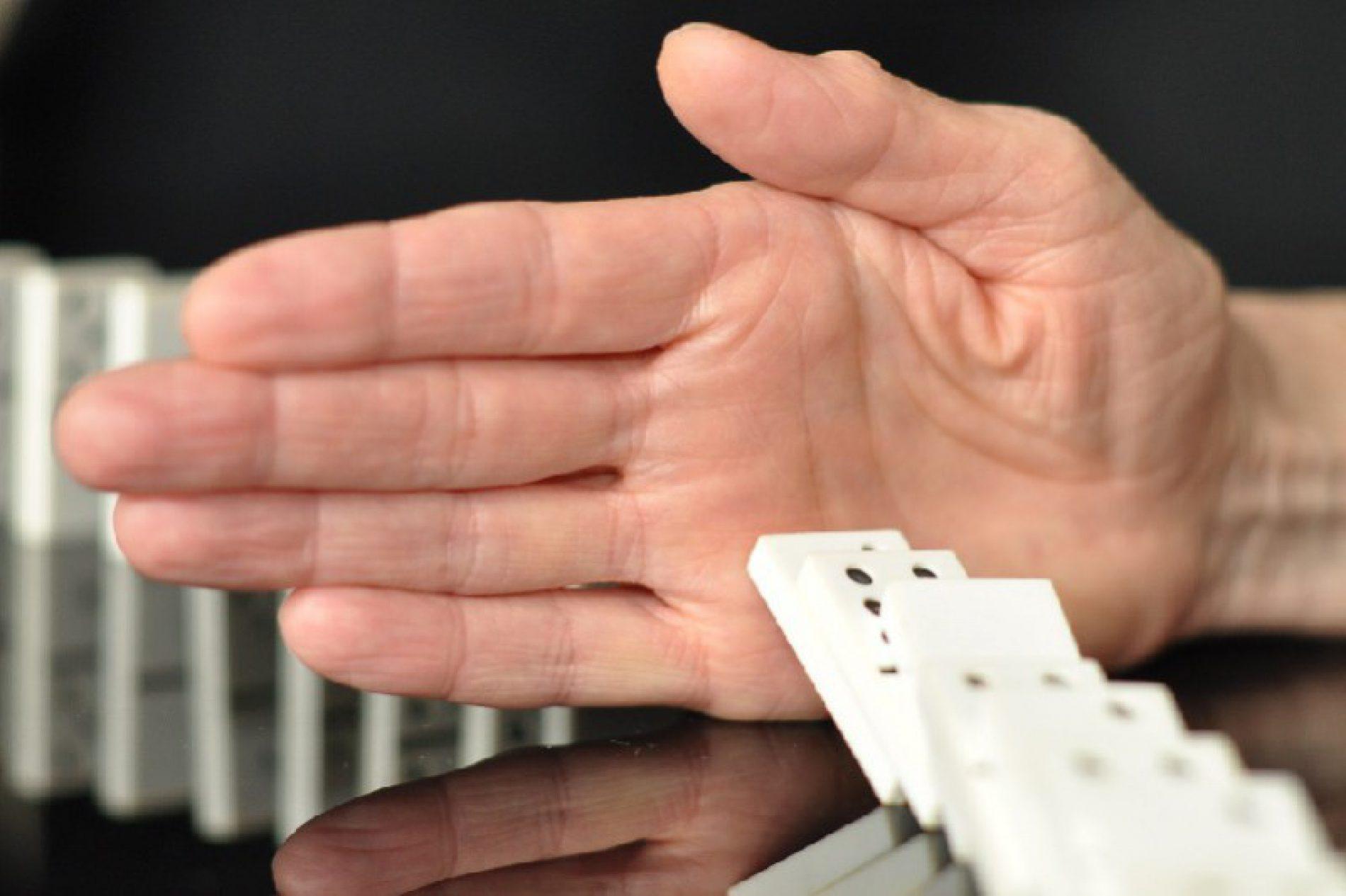 La protezione del lavoratore ( whistleblower ) che segnala un'attività illecita o fraudolenta [E. MASSI]