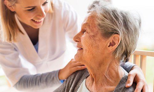 Lavorare come OSS. Una figura di supporto per il personale sanitario