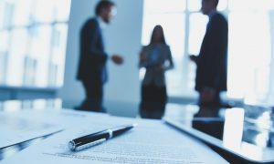 Contratti a termine e contratti di prossimità: condizioni di fattibilità e questioni operative [E.Massi]