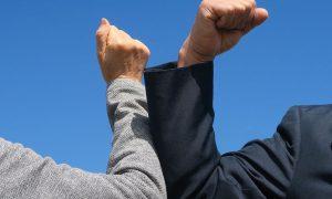 La sospensione dei licenziamenti: il perché della scelta [E.Massi]